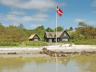 Amazing home in Ebeltoft w/ WiFi and 3 Bedrooms