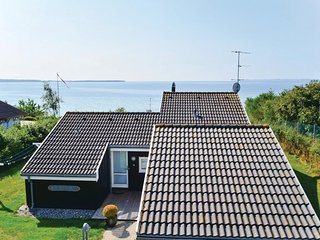 Awesome home in Ebeltoft w/ WiFi and 3 Bedrooms (E4391)
