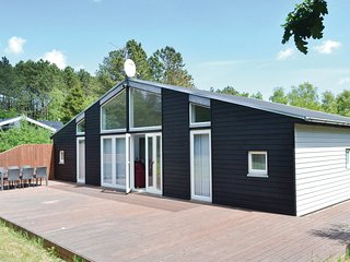Amazing home in Ebeltoft w/ WiFi and 3 Bedrooms (E4566)