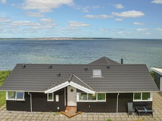 Stunning home in Roslev w/ Sauna, WiFi and 3 Bedrooms