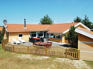 Beautiful home in Blåvand w/ Sauna, WiFi and 5 Bedrooms (P32238)