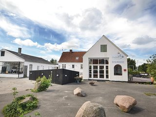Nice home in Glesborg w/ WiFi and 10 Bedrooms