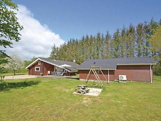 Nice home in Spøttrup w/ WiFi and 4 Bedrooms (B51306)