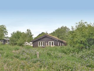 Beautiful home in Grenaa w/ WiFi and 3 Bedrooms