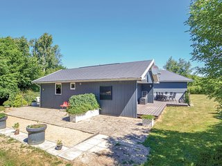 Beautiful home in Glesborg w/ 3 Bedrooms