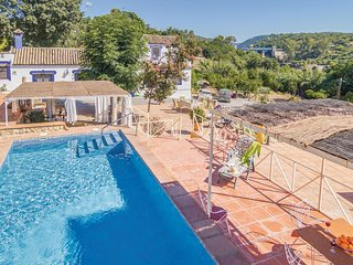 Stunning home in Hornachuelos (Cordoba) w/ 3 Bedrooms