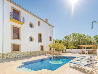 Awesome home in Iznájar w/ WiFi and 4 Bedrooms