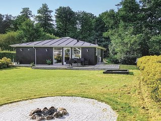 Stunning home in Aabenraa w/ Sauna, 4 Bedrooms and WiFi (C1062)