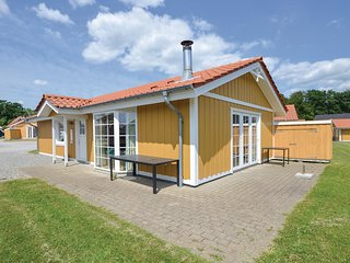 Awesome home in Grasten w/ Sauna, WiFi and 4 Bedrooms