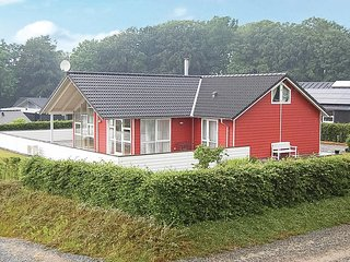 Nice home in Aabenraa w/ WiFi and 4 Bedrooms (C1226)
