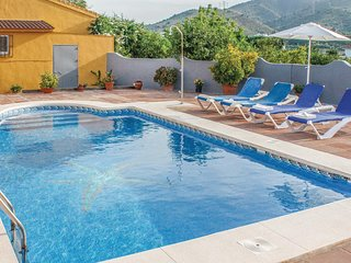 Awesome home in Álora w/ 2 Bedrooms