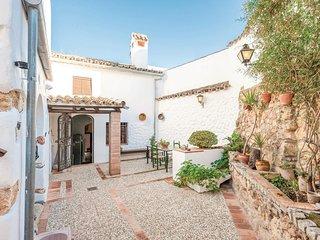 Stunning home in La Puebla de los Infa. w/ 3 Bedrooms (EAC237)