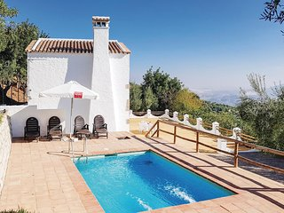 Awesome home in Zahara de la Sierra w/ WiFi and 5 Bedrooms