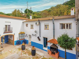 Beautiful home in El Bosque w/ WiFi, 8 Bedrooms and Outdoor swimming pool (EAC35
