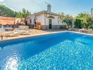 Awesome home in Ronda w/ WiFi, Outdoor swimming pool and Outdoor swimming pool (