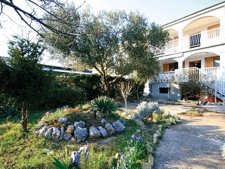 Beautiful home in Sibenik w/ WiFi and 2 Bedrooms