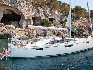 Reduced Rate! New 46' Sailing Yacht & Other Boats