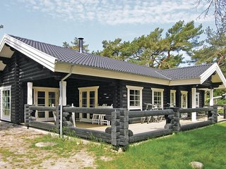 Awesome home in Nexo w/ Sauna and 3 Bedrooms