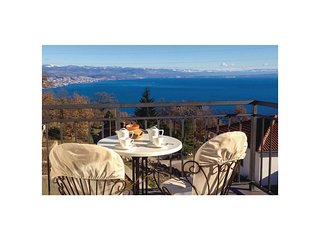 Awesome home in Opatija w/ WiFi and 3 Bedrooms