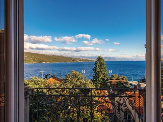 Amazing home in Opatija w/ Jacuzzi, WiFi and 3 Bedrooms