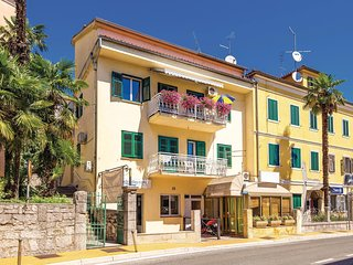 Nice home in Opatija w/ WiFi and 2 Bedrooms