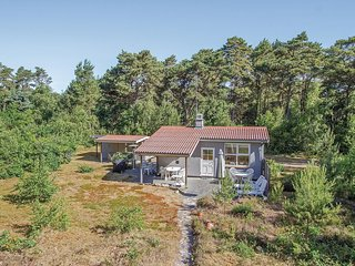Amazing home in Nexø w/ 2 Bedrooms