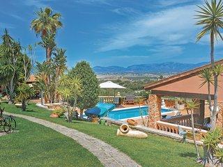 Luxe vakantiehuis met een geweldig uitzicht (EML639)
