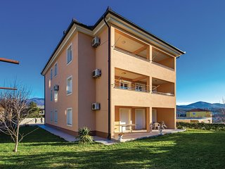 Stunning home in Cavle w/ WiFi and 2 Bedrooms