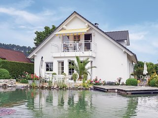 Awesome home in Grosselfingen w/ WiFi and 1 Bedrooms
