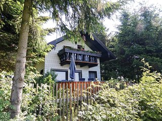 Awesome home in Remptendorf w/ 2 Bedrooms