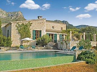 Mooi landhuis met zwembad in een romantische omgeving