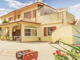 Beautiful home in San Costanzo (PU) w/ WiFi and 1 Bedrooms