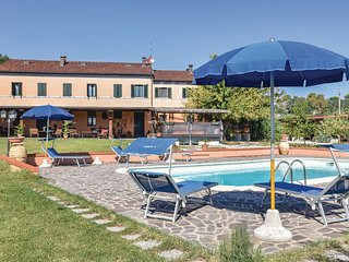 Awesome home in Senigallia (AN) w/ WiFi and 1 Bedrooms