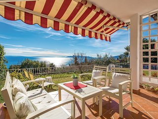 Awesome apartment in Opatija w/ WiFi and 3 Bedrooms
