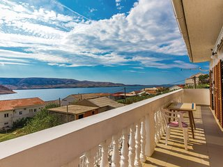 Nice home in Zubovici w/ WiFi and 2 Bedrooms (CKP150)