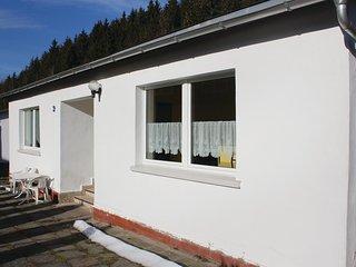 Nice home in Lichte w/ 3 Bedrooms