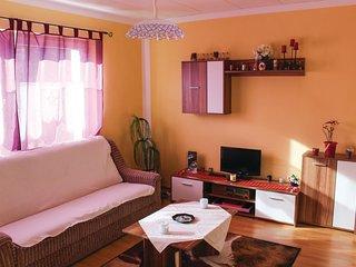 Nice home in Lichte w/ 2 Bedrooms