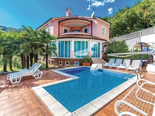 Amazing home in Opatija w/ Sauna, WiFi and 5 Bedrooms