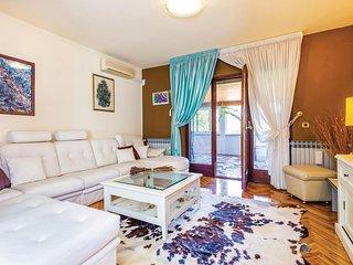 Nice home in Matulji w/ WiFi and 3 Bedrooms