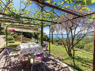 Awesome home in Veprinac w/ WiFi and 1 Bedrooms