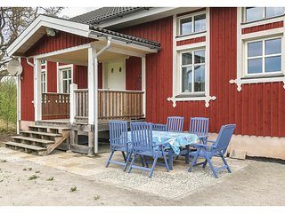 Nice home in Ljungby w/ 2 Bedrooms (S25097)