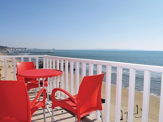 Awesome home in Durres w/ WiFi and 1 Bedrooms