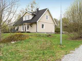 Awesome home in Lonashult w/ WiFi and 2 Bedrooms
