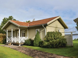 Amazing home in Ljungby w/ WiFi and 4 Bedrooms