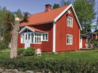 Amazing home in Värnamo w/ 4 Bedrooms and WiFi