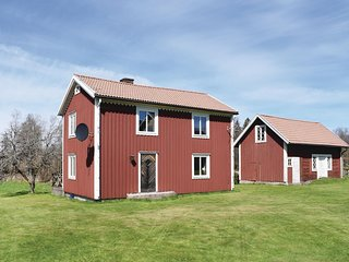 Nice home in Lenhovda w/ 2 Bedrooms