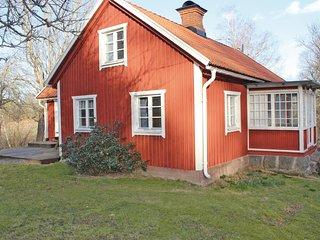 Amazing home in Kristdala w/ 3 Bedrooms