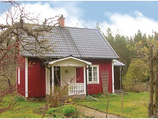 Awesome home in Vimmerby w/ 2 Bedrooms