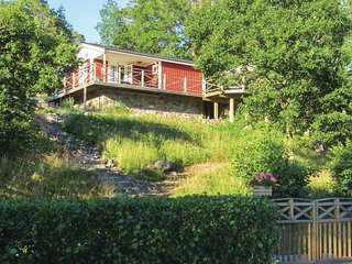 Awesome home in Västervik w/ 2 Bedrooms