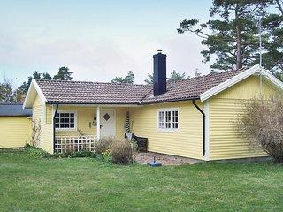 Amazing home in Köpingsvik w/ 2 Bedrooms